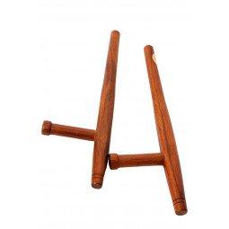 Tonfa Rond Chene Rouge 50cm, Importé d'Asie